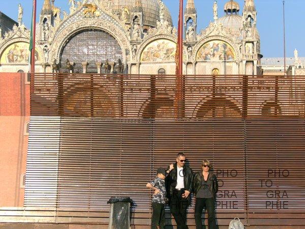 0195: o.T. (Serie Verweile doch, Piazza San Marcos, Venedig 2009)