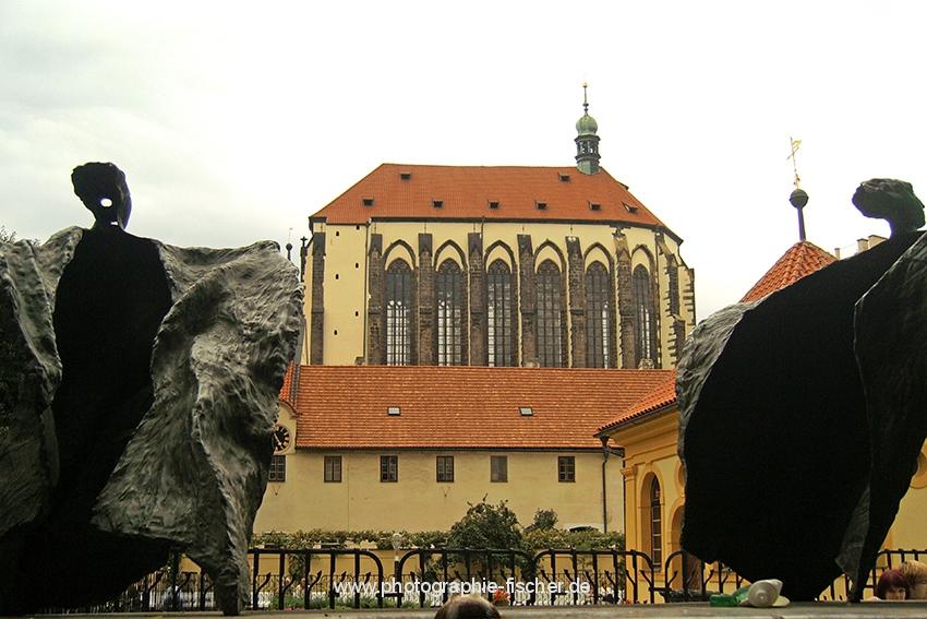 0519: o.T. (Maria Schnee Kirche vom Franziskaner Garten aus, Prag 2009/11)