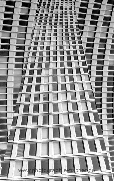 0706c: Strukturen verlassen den rechten Winkel (Hamburg 2011)
