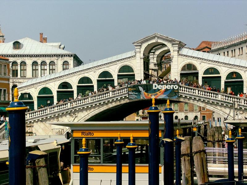 0052: o.T. (Rialtobrücke, Venedig, Italien 2009)