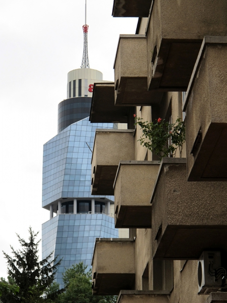 0506: o.T. (Avaz-Twist-Tower, Sarajevo, 2010/2011)