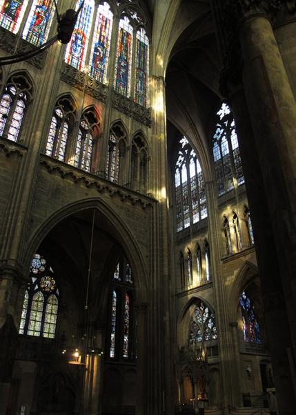 0531: o.T. (Kathedrale, Metz 2011)