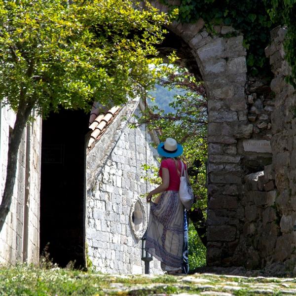 1109: o.T. (Stari Bar, Montenegro 2015)