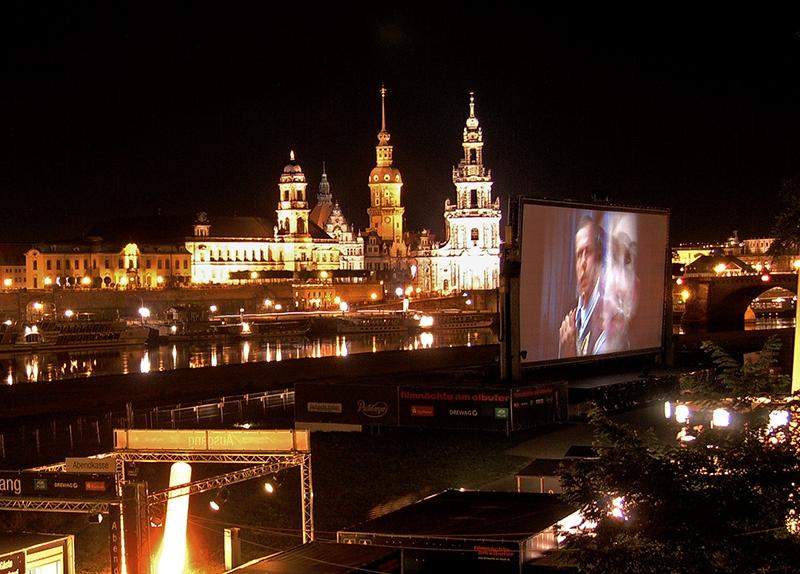 PK0129; o.T. (Filmnächte am Elbufer, Dresden 2008)