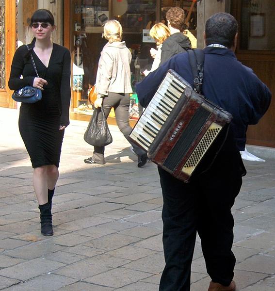 """PK0193a: o.T. (Serie """"Begegnungen"""", Venedig 2009)"""