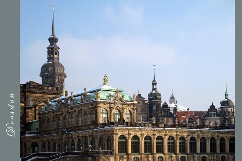 PK0699: Im Zwinger mit Blick zum Schloß (Dresden 2012)