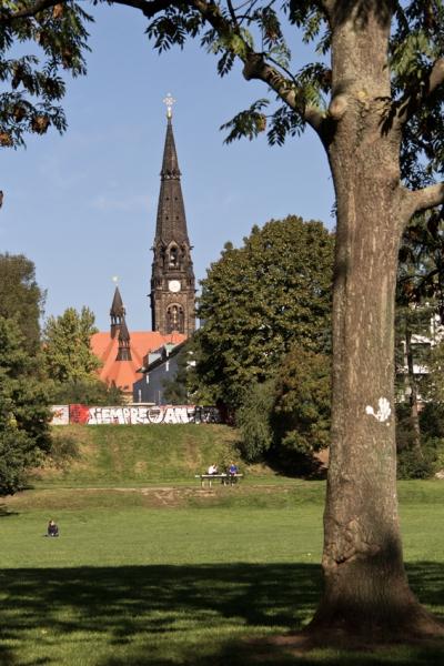 PK0986: Alaunpark - Blick zur Garnisonskirche (Dresden-Äußere Neustadt, 2015)