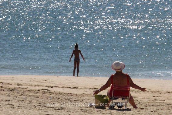 PK0448: Sonnenanbeterinnen (Portugal 2010)