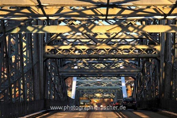 PK0616: Blaues Wunder (Loschwitzer Brücke, Dresden 2012/13)
