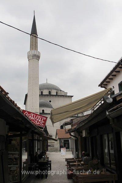sar076 Blick zur Gazi-Husrev-Beg-Moschee