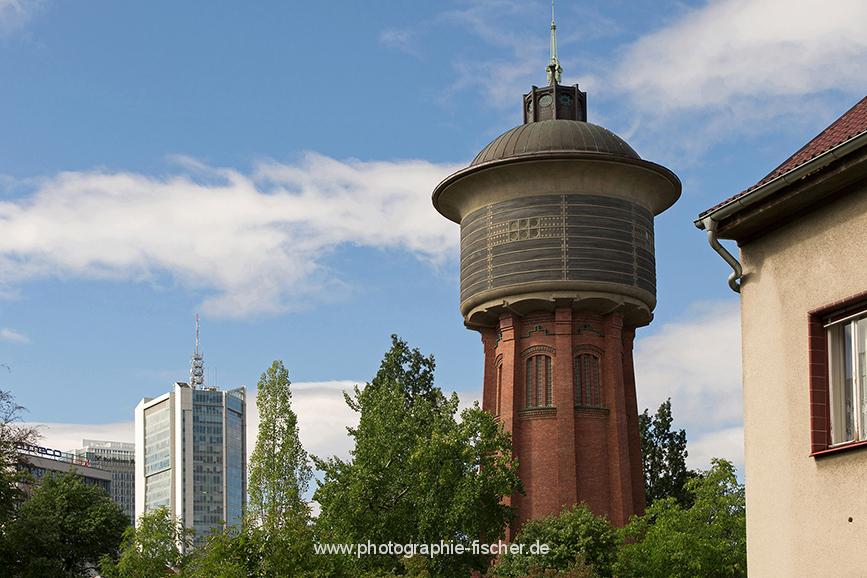 CZE0305: o.T. (Wasserturm Michle mit Blick auf Pankrác, Prag, Tschechien 2018)