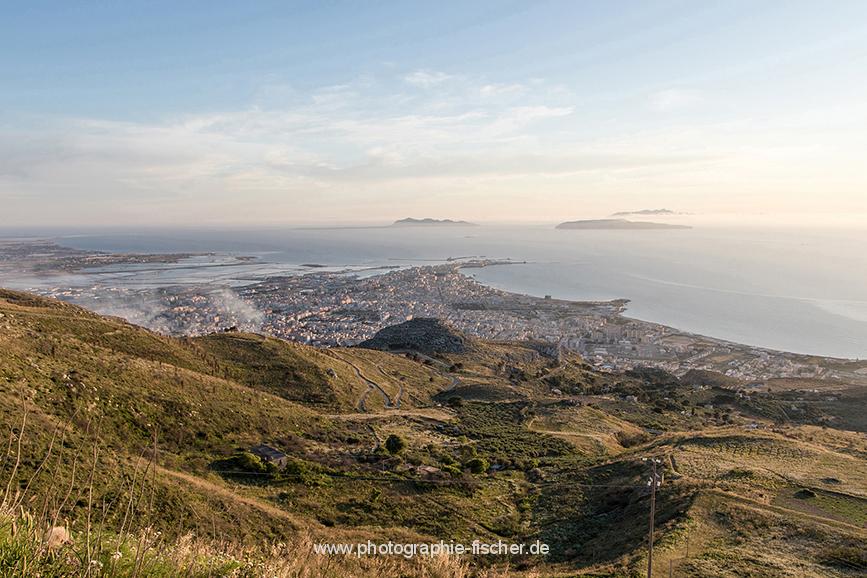 ITA_6066: Blick auf Trapani und die Ägadischen Inseln (Nordwestsizilien, Italien 2019)